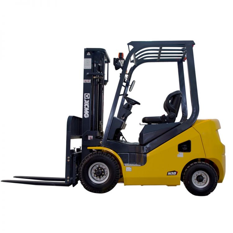 XCMG 1.8T Diesel Forklift FD18T Diesel Engine with Triplex Mast 6m for sale
