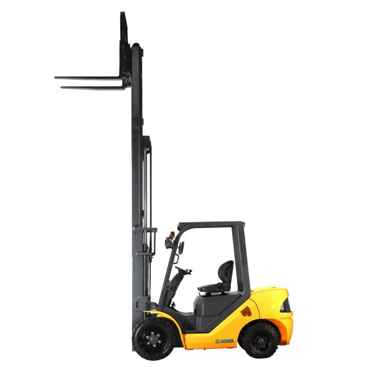 Chinese XCMG 3.5T Diesel Forklift FD35T Diesel Engine with Triplex Mast for sale